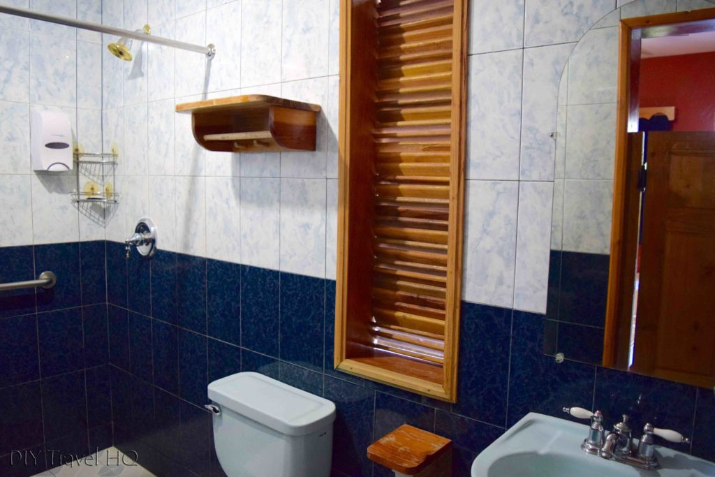 Bathroom Hotel Perkin Lenca