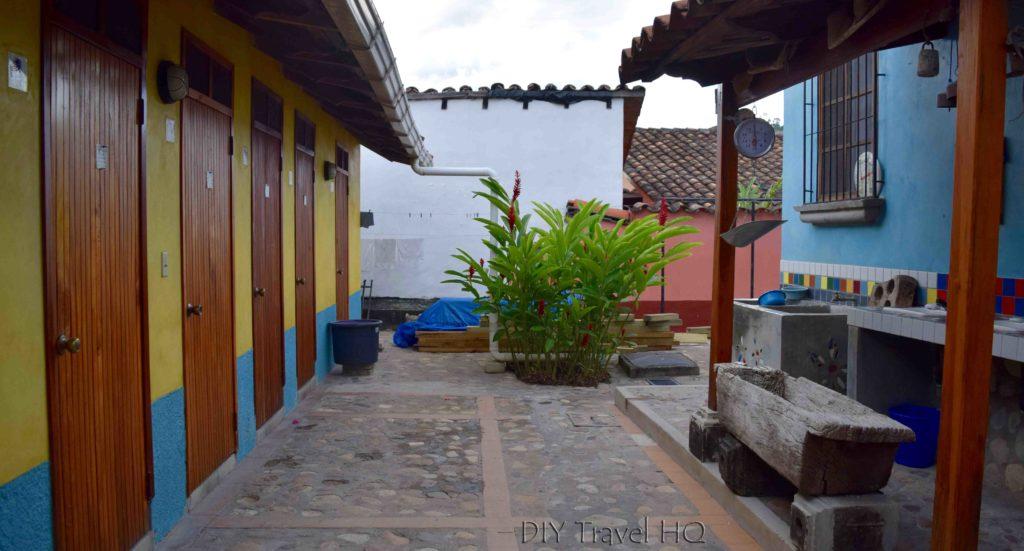 Iguana Azul Bathrooms