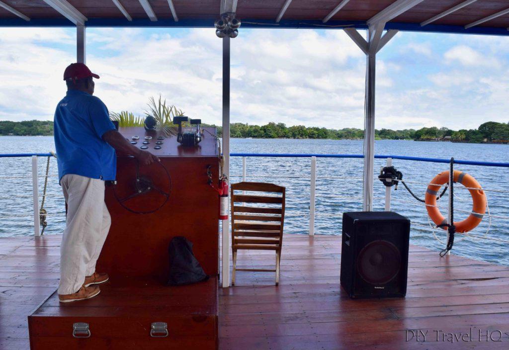 Captain Las Isletas boat