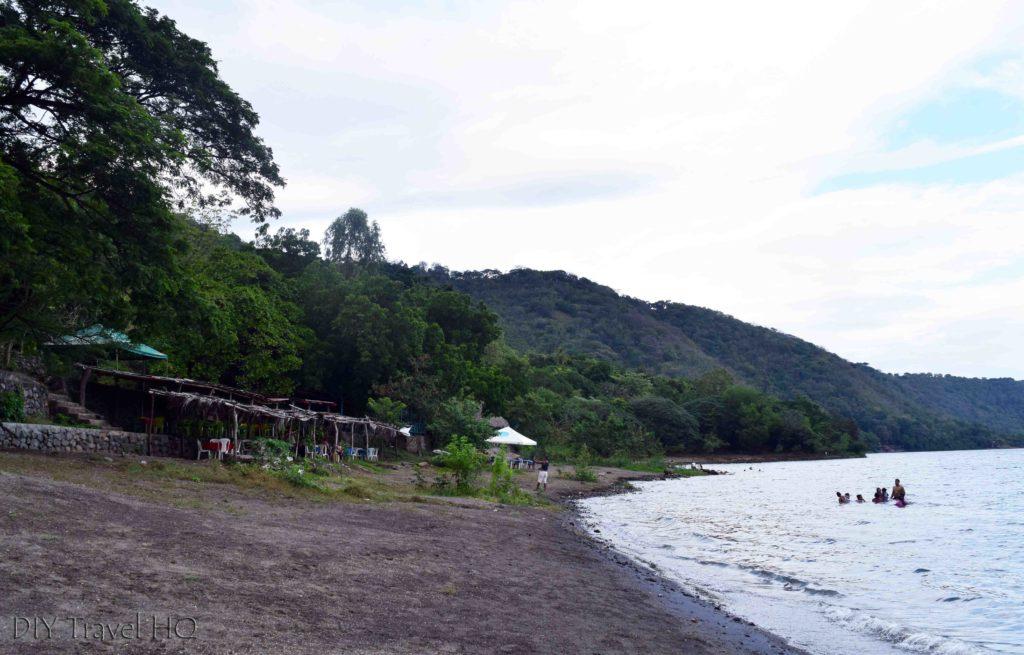 Laguna de Apoyo Lakeside Restaurants & Bars