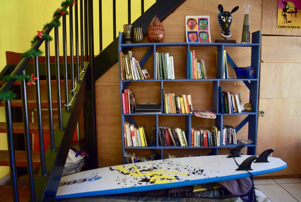 Casa Ariki Book Exchange & Surfboards