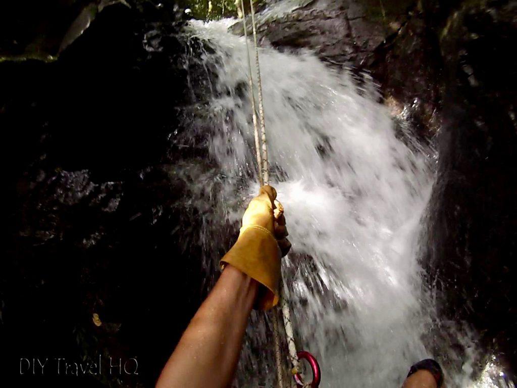 Rappelling tour Monteverde