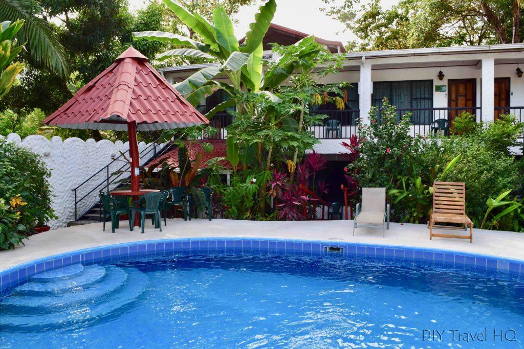 Pool Hotel Mono Azul