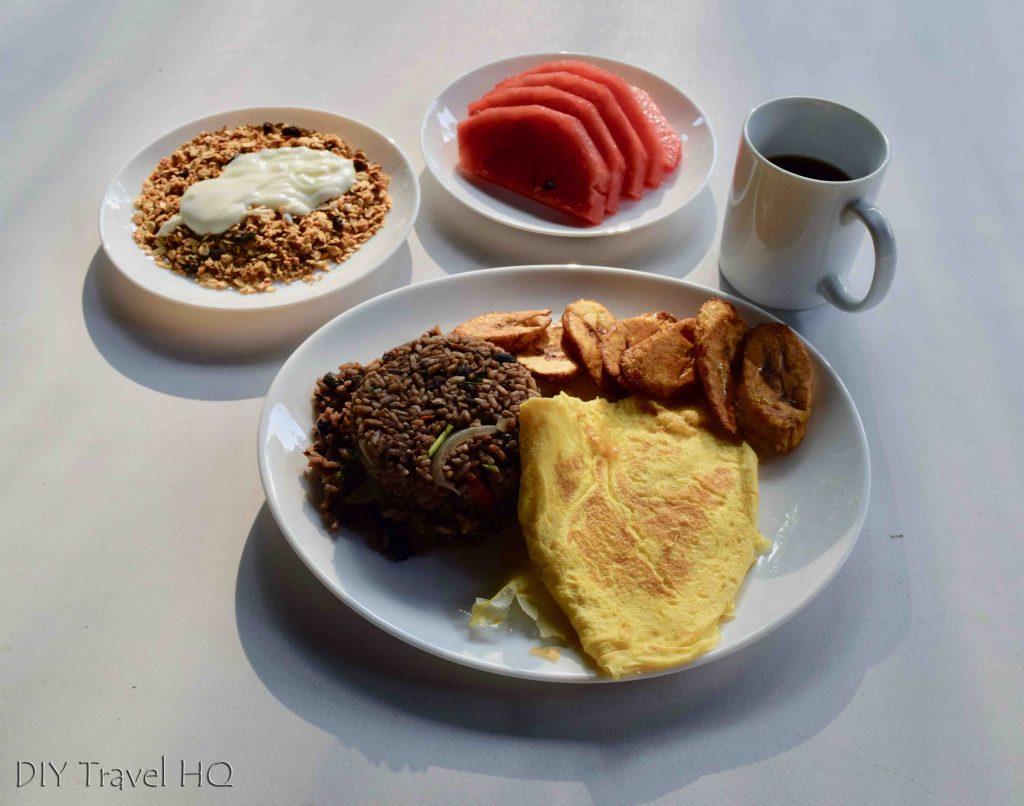 Sirena Station breakfast