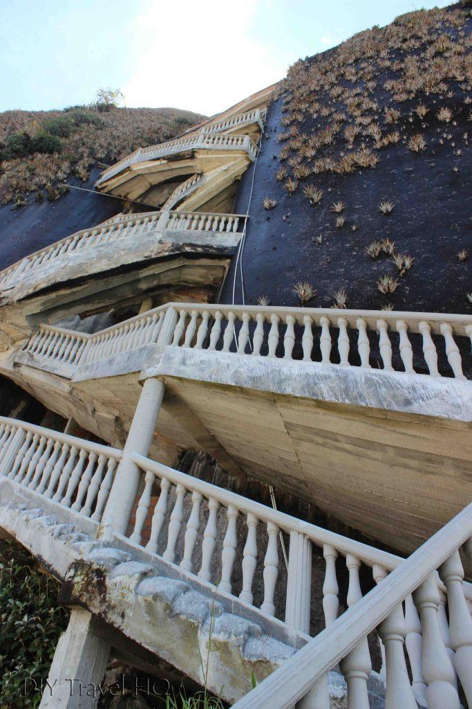 El Peñon de Guatape stairs