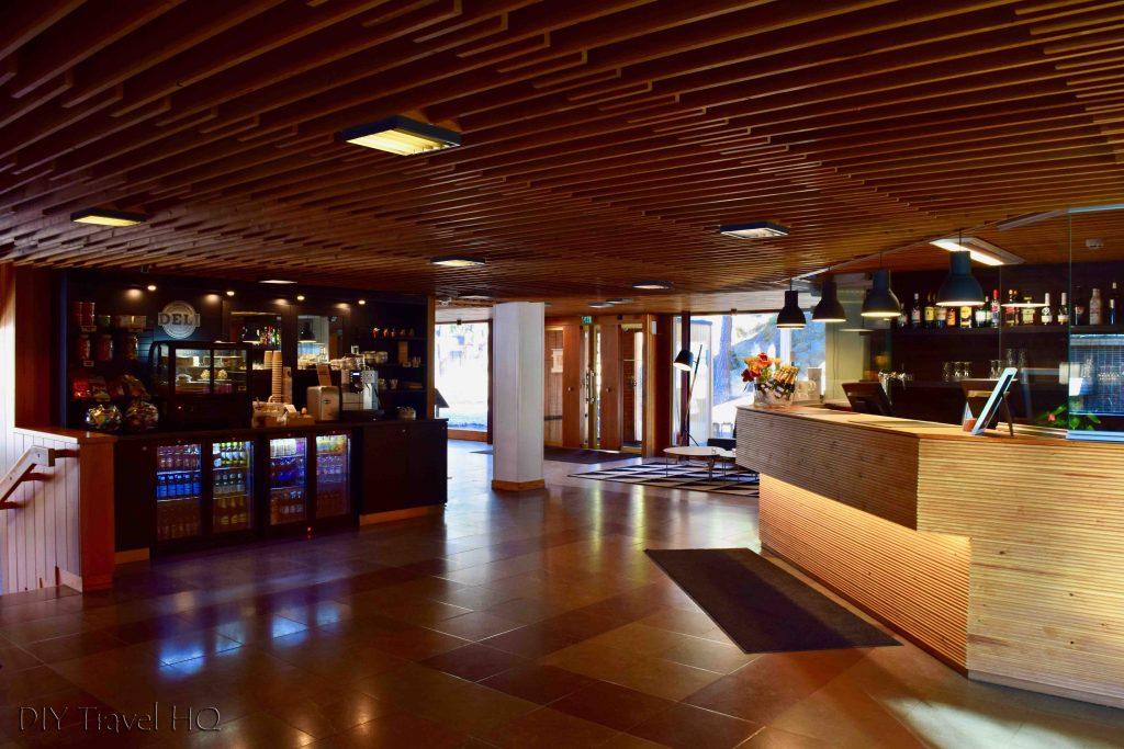 Hotel Rantapuisto reception