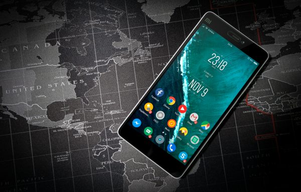 Best International Travel Smartphone