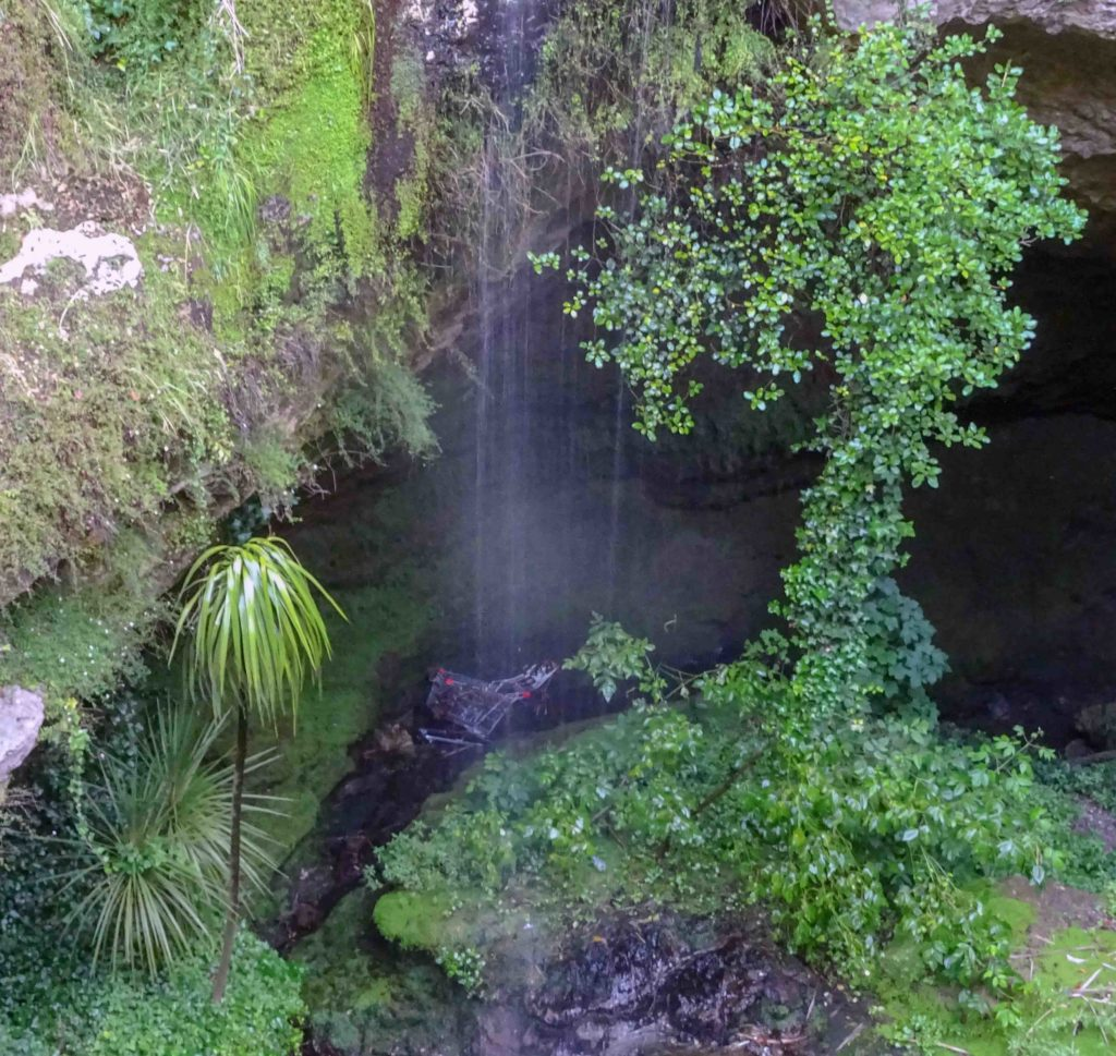 Free Things to do in Mount Gambier Cave Gardens Shopping Cart South Australia
