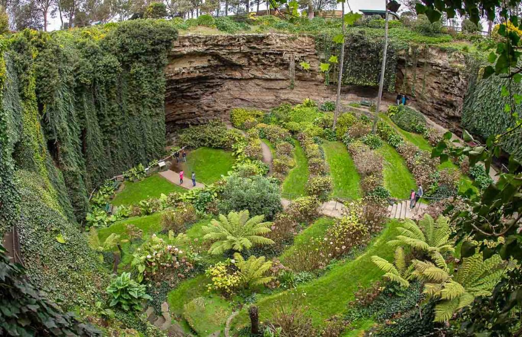 Top Free Thing to do in Mount Gambier Umpherston Sinkhold South Australia