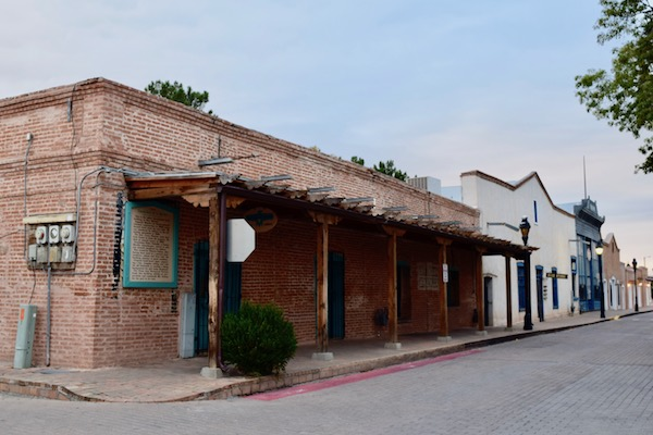 Buildings in Mesilla NM