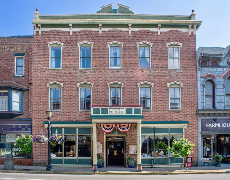 Historic brick building in Amish County Ohio