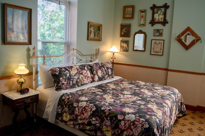 Amish Country hotel room with antique Victorian decor