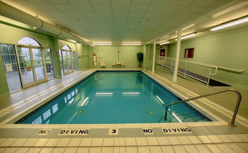 Swimming pool at Amish Country lodging
